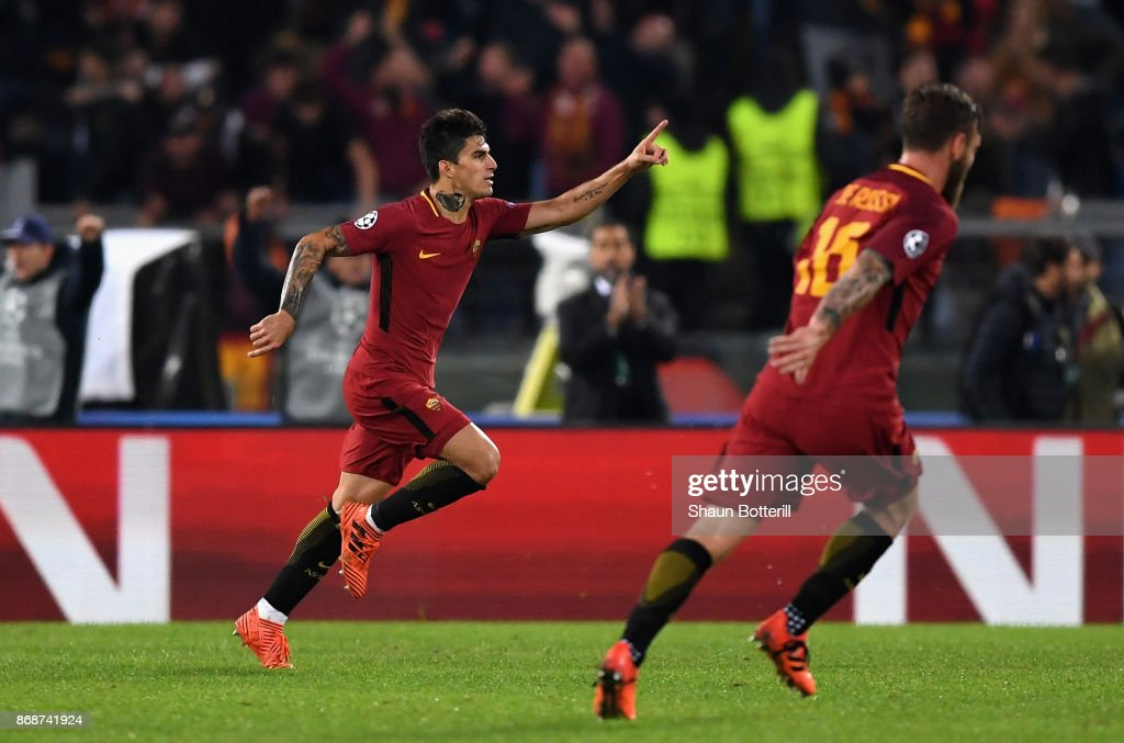 Diego Perotti of AS Roma celebrates scoring the 3rd Roma goal during the UEFA Champions League group C match between AS Roma and Chelsea FC at Stadio Olimpico on October 31, 2017 in Rome, Italy.
