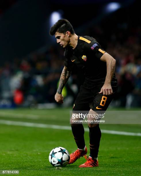 Diego Perotti of AS Roma controls the ball during the UEFA Champions League group C match between Atletico Madrid and AS Roma at Estadio Wanda...