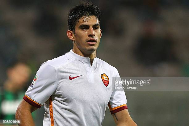 Diego Perotti of AS Roma looks on during the Serie A match between US Sassuolo Calcio and AS Roma at Mapei Stadium Città del Tricolore on February 2...