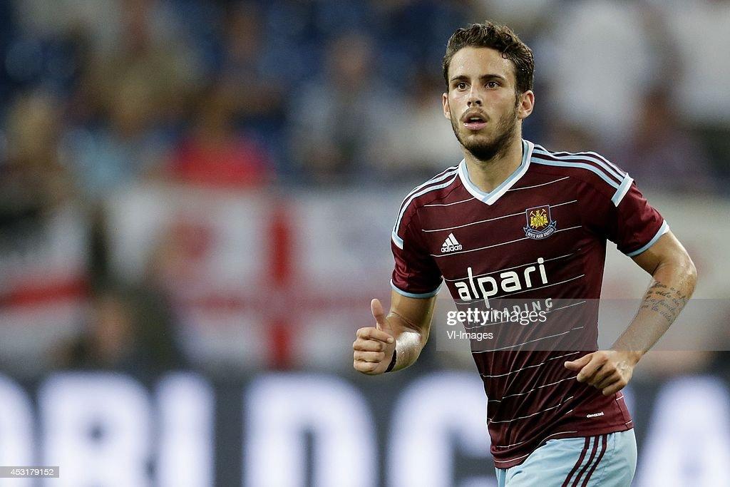 "pre-season Schalke 04 Cup - ""FC Schalke 04 v West Ham United"" : News Photo"