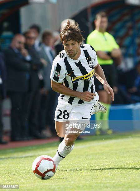 Diego Ribas da Cunha of Juventus FC runs with the ball during the Serie A match between Catania and Juventus at Stadio Angelo Massimino on May 2 2010...
