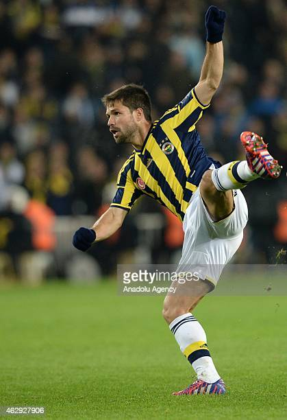 Diego Ribas of Fenerbahce is in action during the Turkish Spor Toto Spor League soccer match between Fenerbahce and Trabzonspor at Sukru Saracoglu...