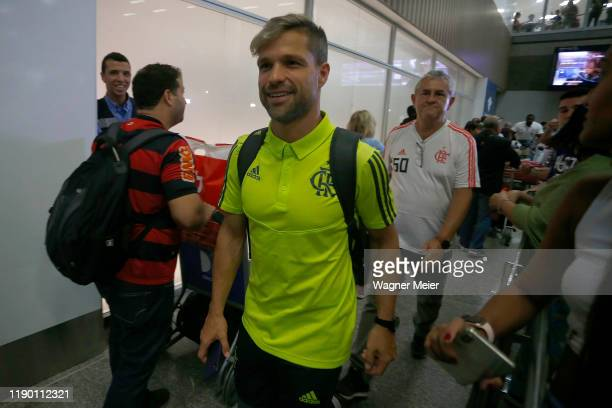 Diego Ribas of Flamengo team arrives in Rio after playing the FIFA Club World Cup Qatar 2019 Final Against Liverpool on December 22 2019 in Rio de...