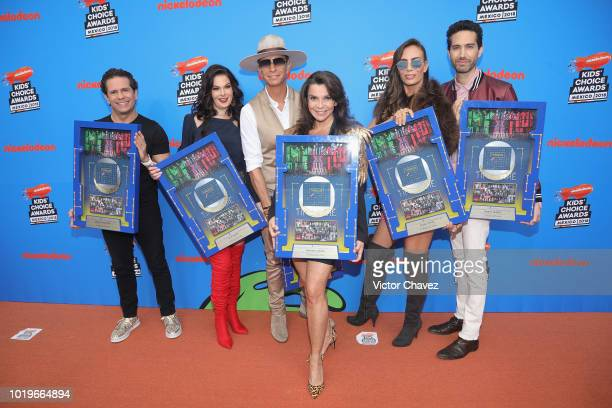 Diego Schoening Alix Bauer Erik Rubin Mariana GarzaSasha Sokol and Benny Ibarra of Timbiriche attend the Nickelodeon Kids' Choice Awards Mexico 2018...