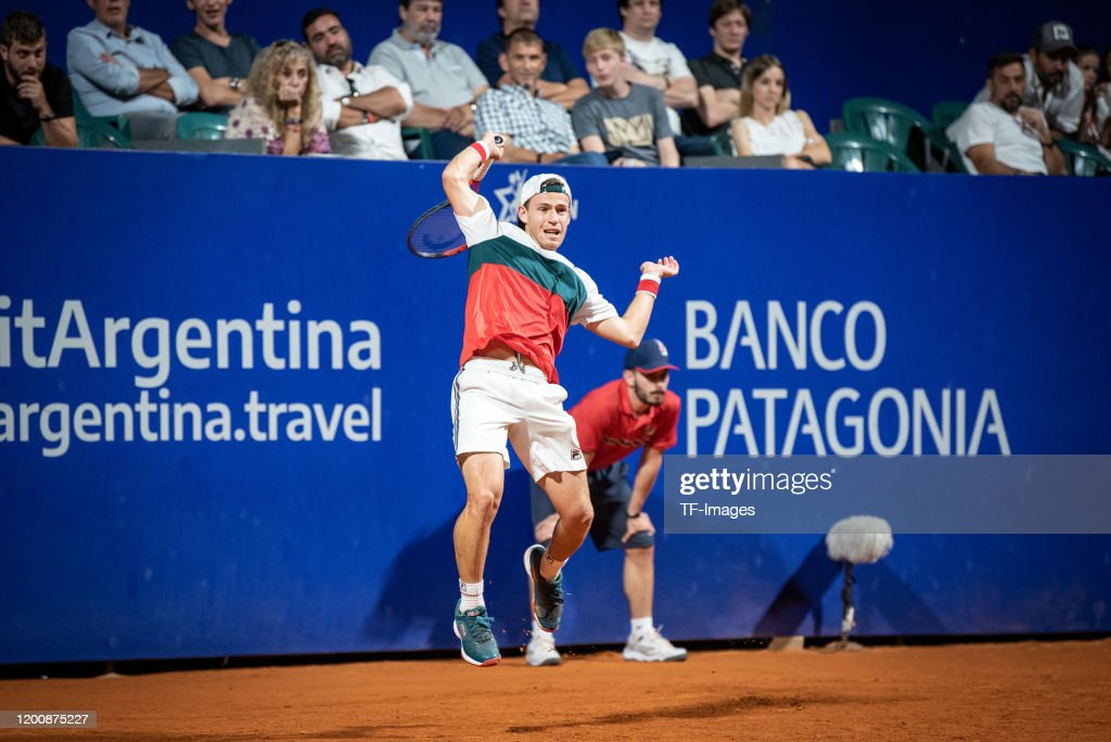 Diego Schwartzman Of Argentina Controls The Ball During Day 5 Of Atp News Photo Getty Images