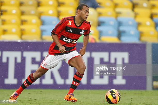 Diego Silva of Flamengo in action during the match between Flamengo and Corinthians for the Brazilian Series A 2013 at Maracana on November 24 2013...