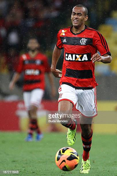 Diego Silva of Flamengo runs with the ball during the Brazilian Cup 2013 Semifinal between Flamengo and Goias at Maracana Stadium on November 06 2013...