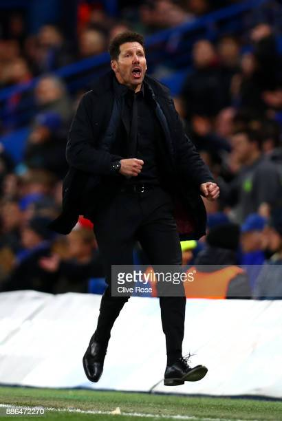 Diego Simeone Coach of Atletico Madrid celebrates during the UEFA Champions League group C match between Chelsea FC and Atletico Madrid at Stamford...