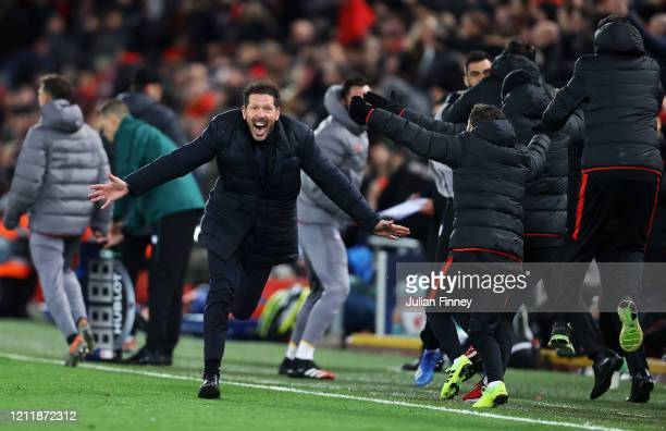 Diego Simeone, Manager of Atletico Madrid celebrates his sides second goal during the UEFA Champions League round of 16 second leg match between...