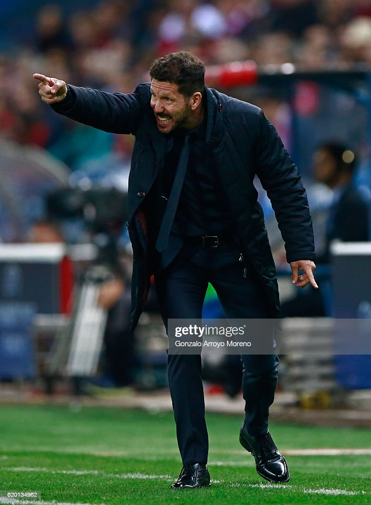 Diego Simeone, Manager of Atletico Madrid gives his team instructions during the UEFA Champions League Group D match between Club Atletico de Madrid and FC Rostov at Vincente Calderon on November 1, 2016 in Madrid, Spain.