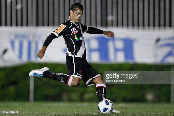 Diego Souza of Vasco kicks a penalty during a match as part of Brazil Cup 2011 at Sao Januario stadium on May 18 2011 in Rio de Janeiro Brazil