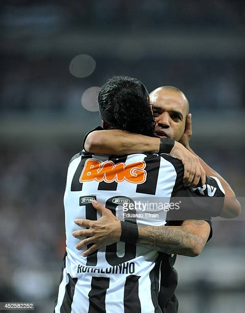 Diego Tardeli and Ronaldinho Gaucho of Atletico Mineiro celebrate a goal during a match between Atletico Mineiro and Lanús Recopa Santander...