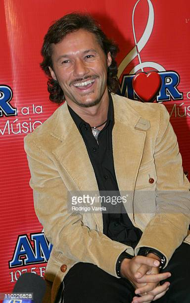Diego Torres during 2004 Amor a La Musica Press Room at American Airlines Arena in Miami Florida United States
