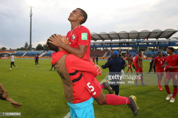 Diego Valanta of Panama celebrates with teammate Kevin Mosquera following the 2019 FIFA U20 World Cup group E match between Saudi Arabia and Panama...