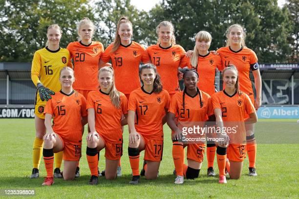 Dieke van Straten of Holland Women U19, Louise van Oosten of Holland Women U19, Nikee van Dijk of Holland Women U19, Nayomi Buikema of Holland Women...