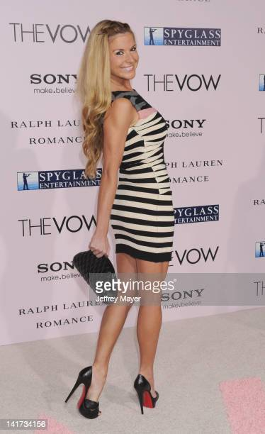 """Diem Brown arrives at """"The Vow"""" Los Angeles Premiere at Grauman's Chinese Theatre on February 6, 2012 in Hollywood, California."""