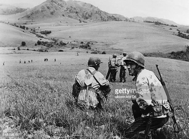 Dien Bien Phu: a troop of foreign legionnaires in open terrain - May 1954
