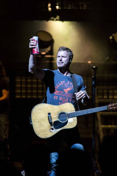 dierks bentley in concert - charlotte, nc photos and images | getty