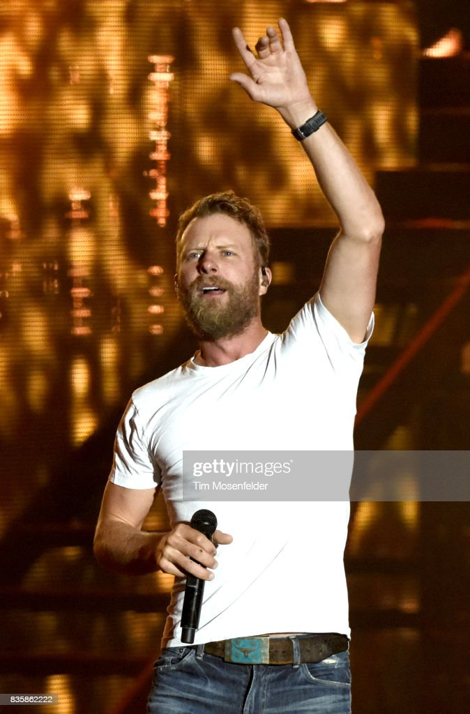 Dierks Bentley performs during his 'What The Hell' world tour at Toyota Amphitheatre on August 19, 2017 in Wheatland, California.