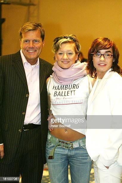Dieter Bohlen Juliette Schoppmann Daniel Küblböck BerlinBesuch und Autogrammstunde Berlin DorintHotel Schweizer Hof Prominenter Prominente Sänger...
