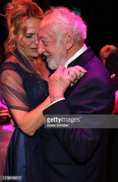Dieter Didi Hallervorden and his girlfriend Christiane Zander dance at the 25th Leipzig Opera Ball La Dolce Vita in Suedtirol at Oper Leipzig on...
