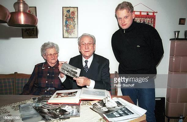 Dieter Eppler Ehefrau Magdalena Eppler Enkel Patrick Eppler Homestory zum 75 Geburtstag Stuttgart Fotos Photos Fotoalbum
