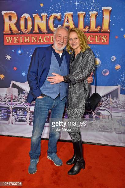 Dieter Hallervorden and his girlfriend Christiane Zander attend the 15th Roncalli christmas circus premiere at Tempodrom on December 22 2018 in...