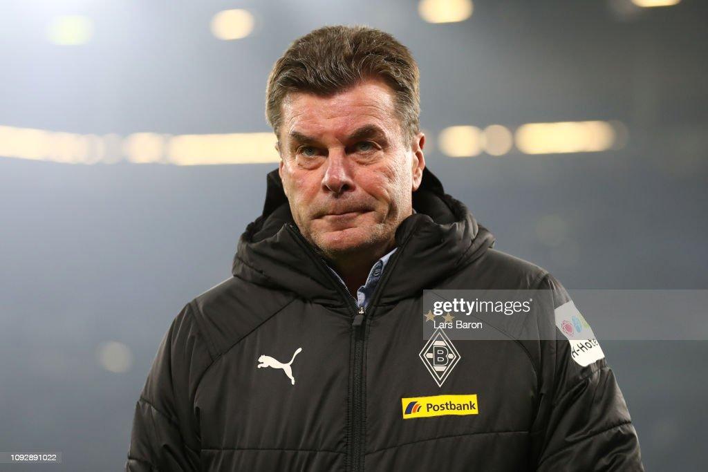 FC Schalke 04 v Borussia Moenchengladbach - Bundesliga : Nachrichtenfoto