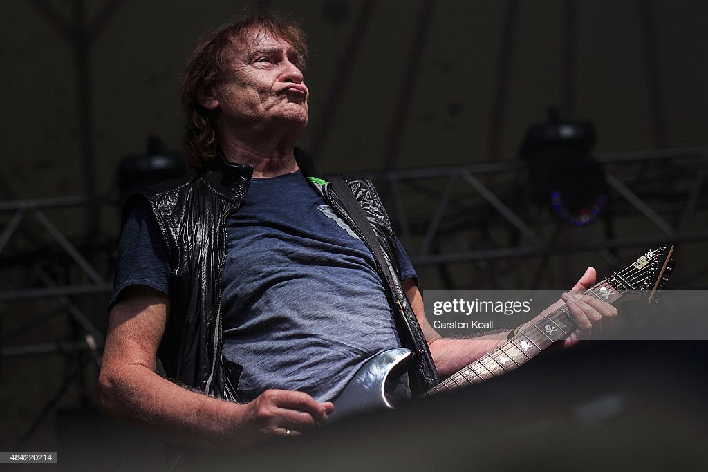 East German Rockers The Puhdys Tour 25 Years Since German Reunification : News Photo