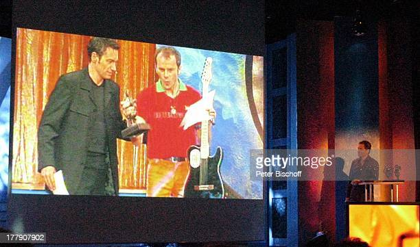 Dieter Nuhr daneben Ralf Schmitz TheaterGala 'Das große Kleinkunstfestival für Kabarett Comedy und Musik' der Wühlmäuse 2010 mit Feier zum...