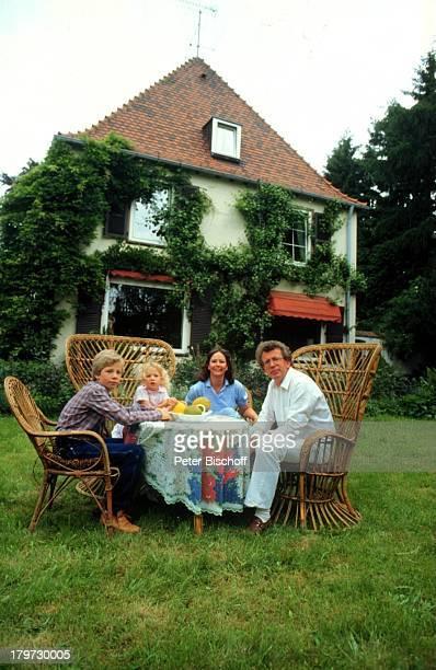 Dieter Thomas Heck Ehefrau RagnhildTochter Saskia Sohn Kim HomestorySaarbrücken Garten