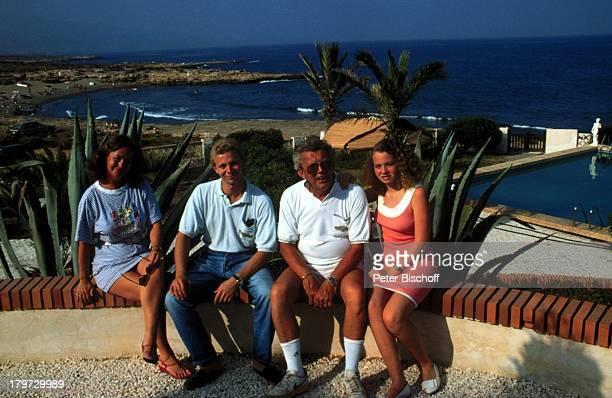 Dieter Thomas Heck mit Ehefrau RagnhildSohn Kim Tochter SaskiaCalabardina/Spanien Urlaub