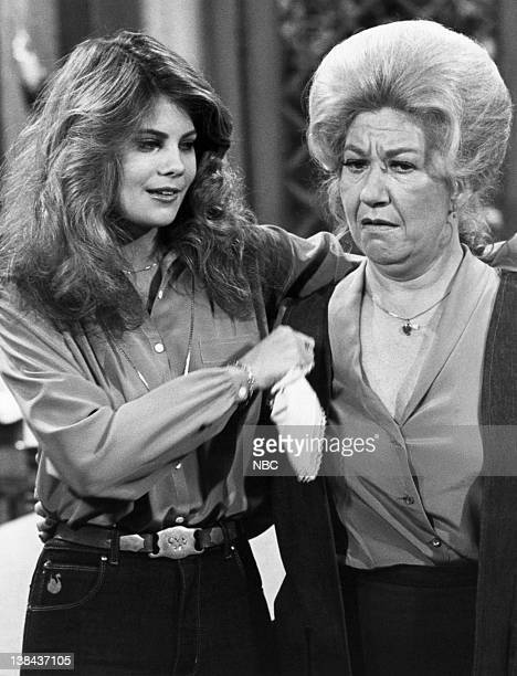 LIFE 'Dieting' Episode 7 Pictured Lisa Whelchel as Blair Warner Charlotte Rae as Mrs Edna Ann Garrett