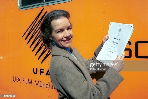 Dietlinde Turban ZDFSerie 'SOKO 5113' 275 Folge 'Die Stimme' München Drehbuch †Wagen der 'UfaFilm'
