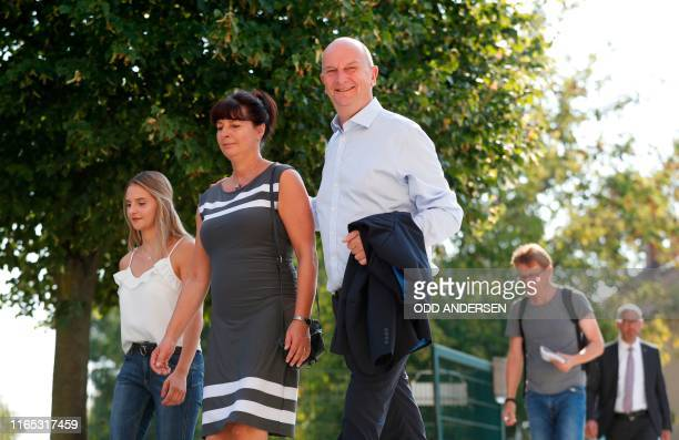 Dietmar Woidke Brandenburg's State Premier and top candidate of his social democratic SPD party his wife Susanne and her daughter Luise arrive at a...