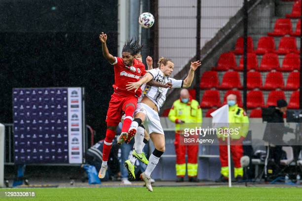 Dieumerci Mbokani of Royal Antwerp, Guillaume Gillet of Sporting Charleroi during the Pro League match between Royal Antwerp FC and Charleroi SC at...