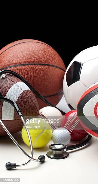 さまざまなスポーツボール、聴診器