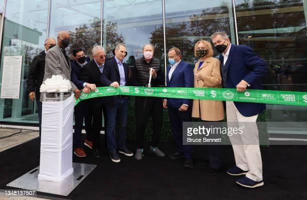 Diginitaries including Washington Governor Jay Inslee, Amazon CEO Andy Jassey, Seattle Kraken owner David Bonderman, NHL Commissioner Gary Bettman...