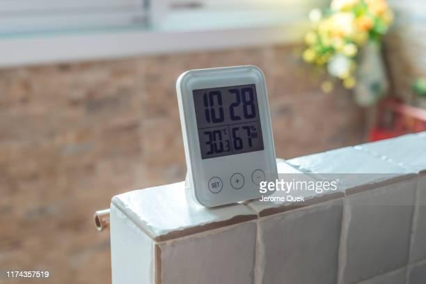 digital clock with temperature & humidity sensor - 雰囲気 ストックフォトと画像