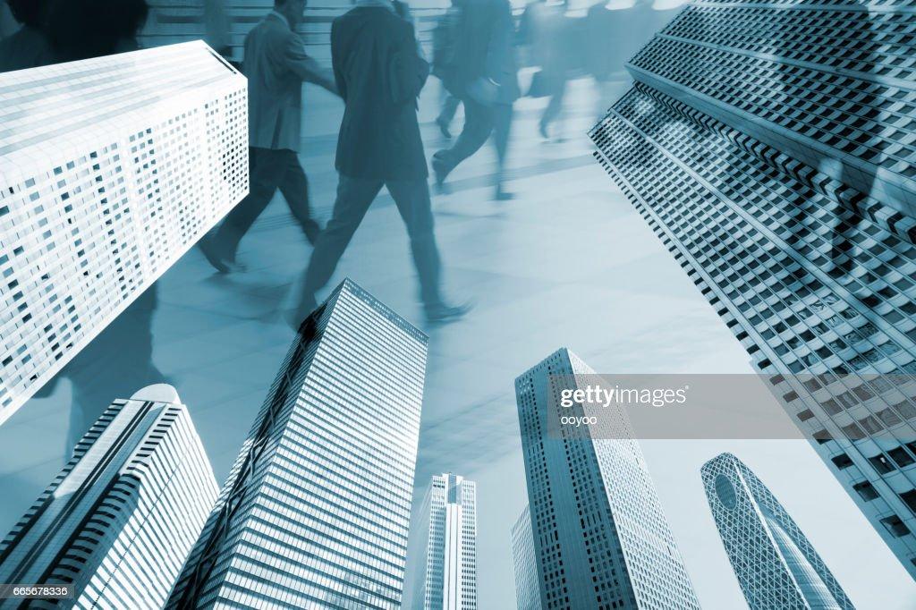 都市通勤者のデジタル合成画像 : ストックフォト