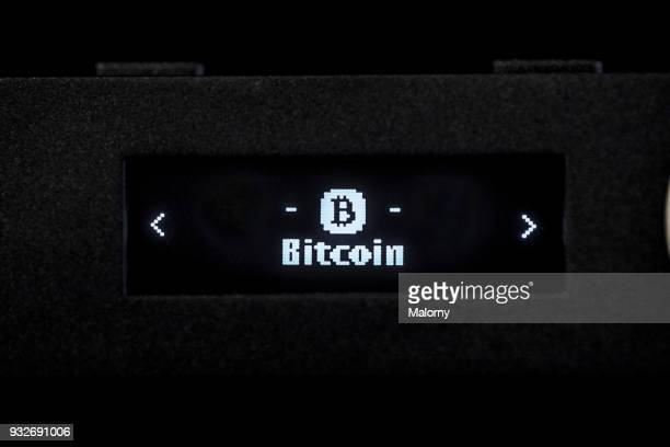 a digital hardware wallet for bitcoin, ethereum and other cryptocurrencies and digital coins - dark web stock pictures, royalty-free photos & images