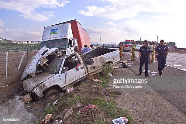 Digital image taken on Thursday 1/9/2003 Camarillo CA – by ^^^/Los Angeles Times via Getty Images – Scene of a traffic accident on northbound 101...