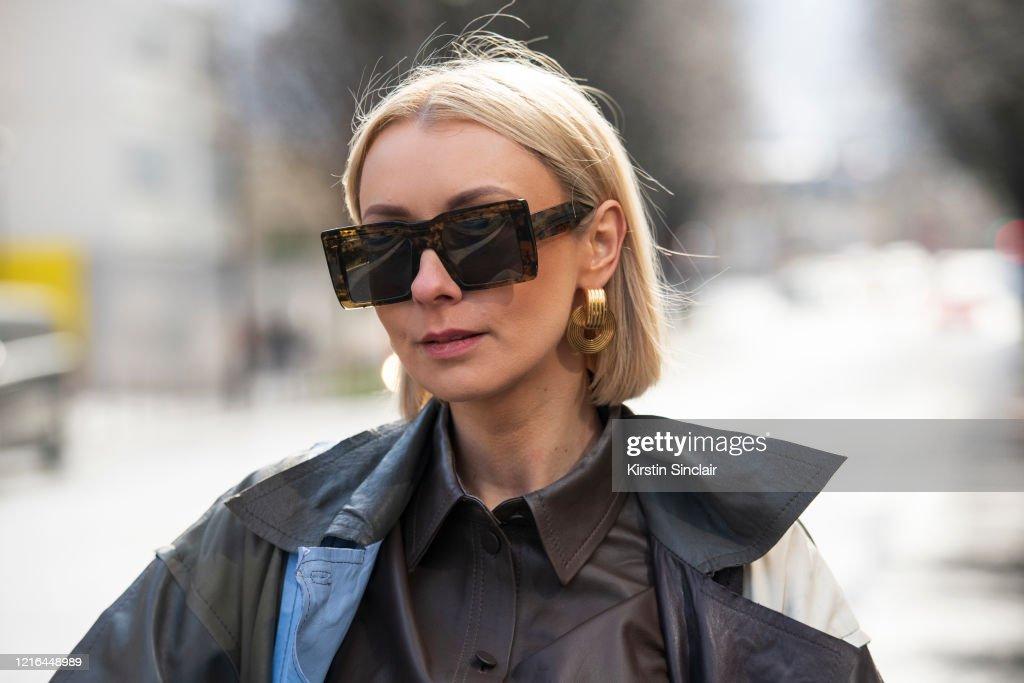 Street Style  - Paris Fashion Week - Womenswear Fall/Winter 2020/2021 : Day Three : News Photo