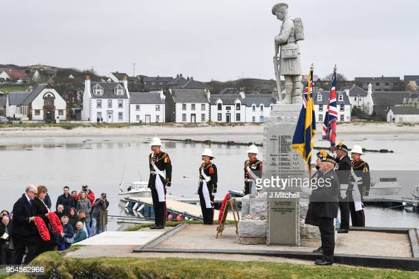 Dignitaries and decedents attend a WW100 commemoration service at Port Ellen War Memorial on May 4 2018 in Islay Scotland Representatives from the UK...