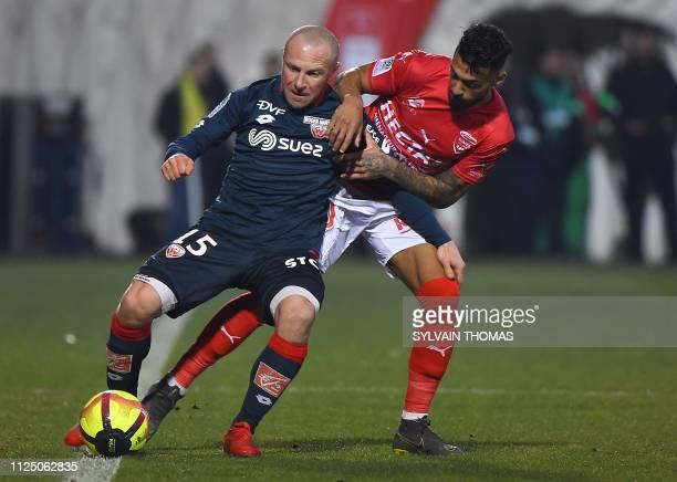 FRA: Nimes Olympique v Dijon FCO - Ligue 1