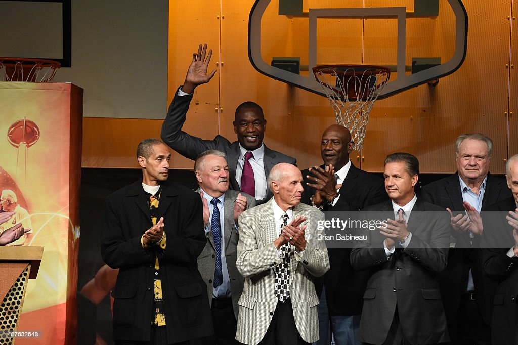 Dikembe Mutombo Waves To The Crowd At Family Reunion Awards Dinner As Part Of