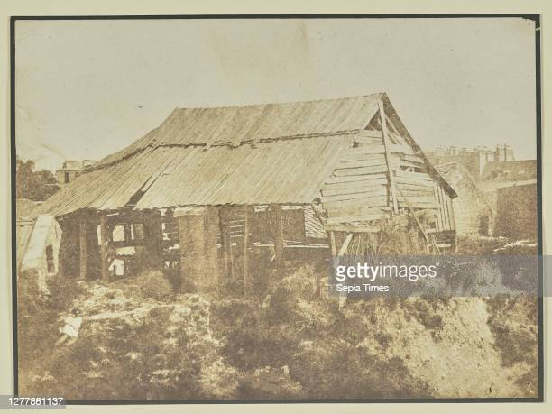 Dilapidated shack; Hippolyte Bayard ; about 1840–1849; Salted paper print; 16 × 21.9 cm .