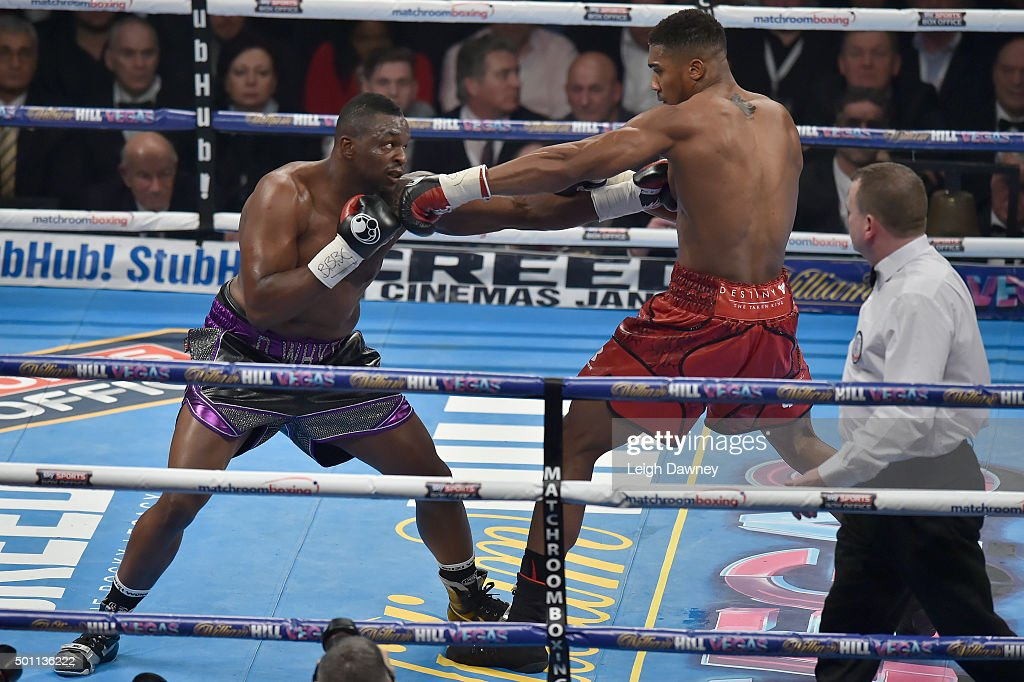 Boxing at The O2 : News Photo