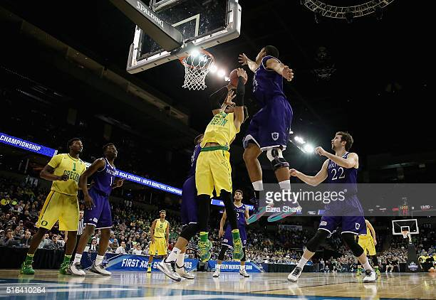 Dillon Brooks of the Oregon Ducks shoots against the Holy Cross Crusaders in the first half during the first round of the 2016 NCAA Men's Basketball...
