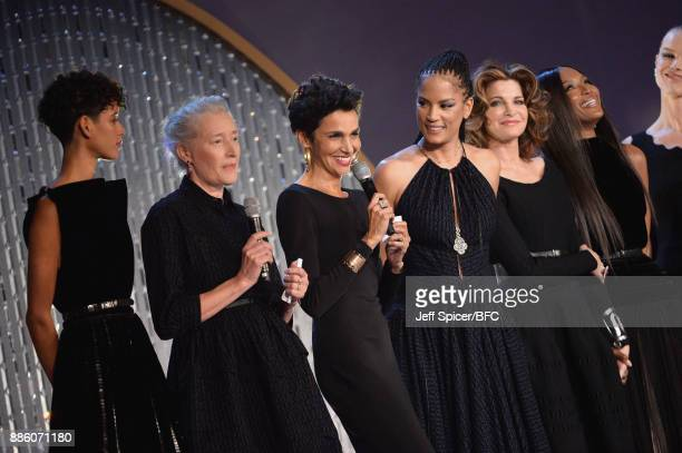 Dilone Marie Sophie Wilson Farida Khelfa Veronica Webb Stephanie Seymour and model Naomi Campbell on stage during The Fashion Awards 2017 in...